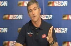 NASCAR driver Bobby Labonte is an Apple / Tech fan