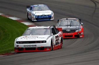 2011 WGI Aug NNS No 22 18 60 Race Action