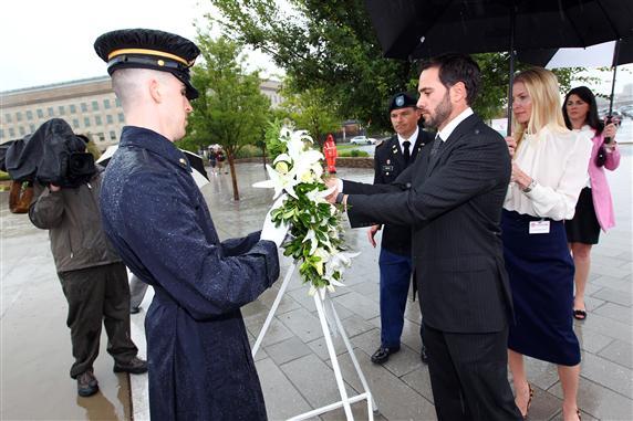 2011 NSCS Pentagon Johnson with Wreath