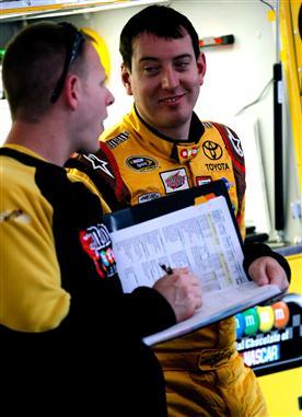 2011 TSS Oct NSCS Busch with Crewman