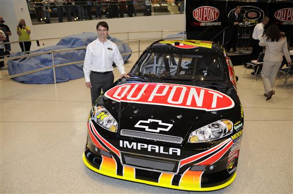 20 years of jeff gordon and the 24 dupont chevrolet the for Dupont automotive paint store locator