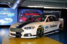 2013 NASCAR Cup Series Ford Fusion Car