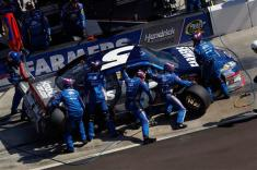 2012 Phoenix March NSCS Race Kasey Kahne Pit Stop