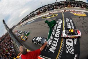2012 Darlington May NASCAR Sprint Cup Race Start Greg Biffle