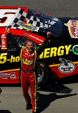 2012 Sonoma June NCSC race clint bowyer checkered flag 2