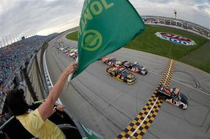 2012 Chicagoland Trucks Justin Lofton Leads Field To Green