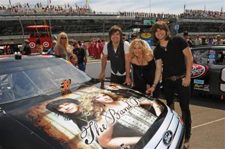 nascar-the-band-perry-brickyard-2012