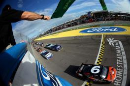 2012_homestead_miami_green_flag