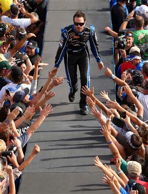 jimmie_johnson_fans