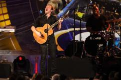 2012 Vegas Awards Phillip Phillips Performs