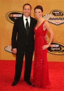 2012 Vegas Red Carpet Greg Biffle With Wife