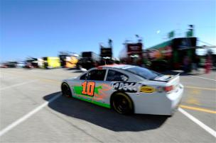 2013 Daytona Preseason Thunder Day 3 Danica Patrick Drives Through Garage