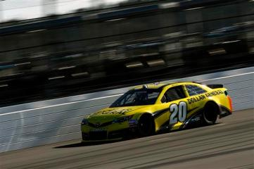 2013 Daytona Preseason Thunder Day 3 Matt Kenseth On Track