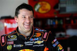 2013 Daytona Preseason Thunder Day 3 Tony Stewart In Garage