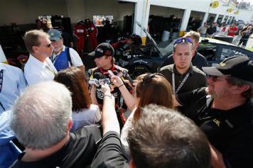 2013 Daytona Preseason Thunder Jeff Gordon Talks With Media