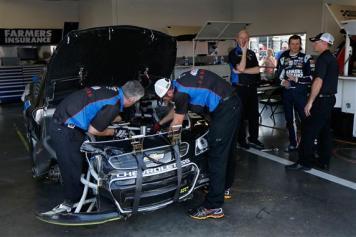 2013 Daytona Preseason Thunder Kasey Kahne After Incident