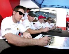 2013 Rolex 24 Jamie McMurray Joey Hand Scott Dixon Dario Franchitti Sign Autographs