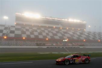 2013 Rolex 24 MWR Morning Fog