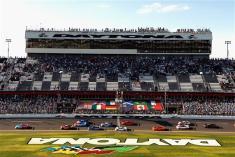 2013 Rolex 24 Scott Pruett Leads Field