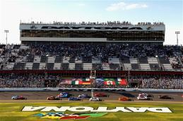 2013 Rolex 24 Scott Pruett Leads Field