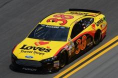 Daytona 500 - Practice David Gilliland 38 Ford Fusion