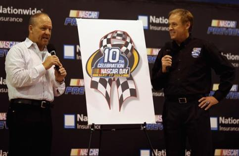 Preview 2013 NASCAR Day Pin Unveil