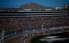 NASCAR_NSCS_KOBALT400_Race_Mountain_View_031013