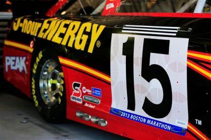 clint-bowyer-nascar-boston-marathon-bib-number-kansas-speedway-1-2013
