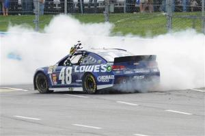 jimmie-johnson-martinsville-nascar-april-2013