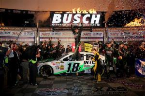texas_motor_speedway_nscs_041313_kyle_busch_victory_lane_win
