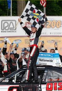 aj-allmendinger-victory-lane-sunoco-road-america-nascar-nationwide-series