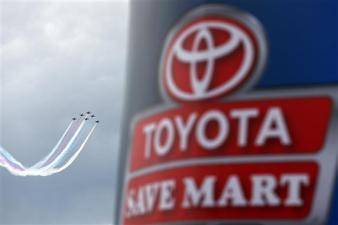 toyota-save-mart-nascar-sprint-cup-series-flyover1