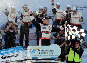 nascar_nationwide_mid_ohio_aj_allmendinger_victory_lane_81713