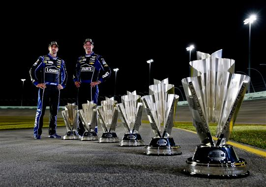Top 10 Sprint Cup : Top nascar drivers of the champion jimmie