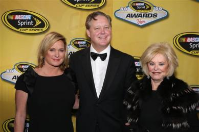 nascar_awards_vegas_2013_lesa_france_kennedy_brian_betty_jane