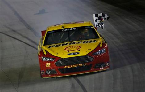 during the NASCAR Sprint Cup Series IRWIN Tools Night Race at Bristol Motor Speedway on August 22, 2015 in Bristol, Tennessee.