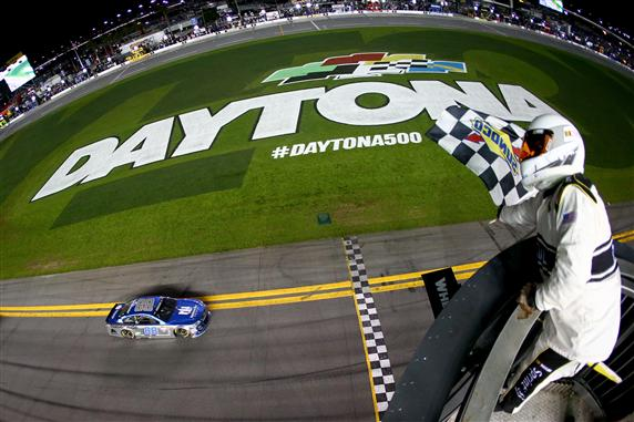 during the NASCAR Sprint Cup Series Can-Am Duels at Daytona International Speedway on February 18, 2016 in Daytona Beach, Florida.