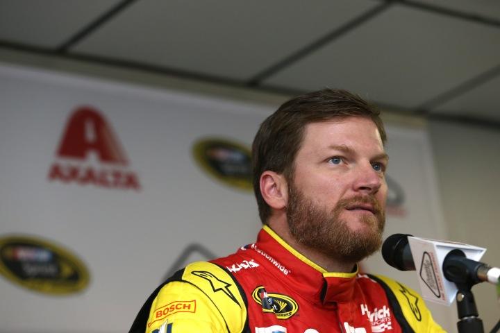 "NASCAR Sprint Cup Series Axalta ""We Paint Winners"" 400 - Practice"