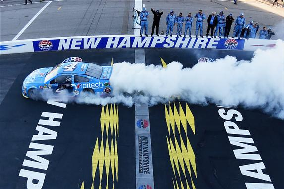 nhms2_nscs_harvick_burnout_092516