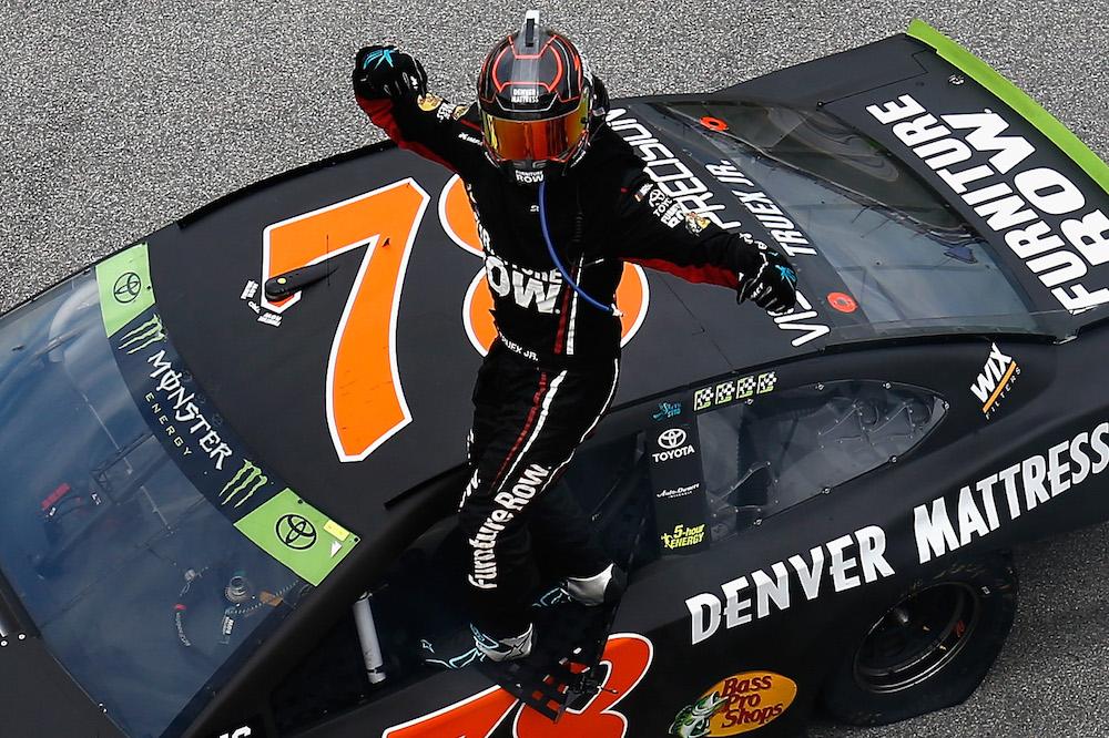 Martin Truex Jr. Starts NASCAR Playoffs With Dominating Win At Chicagoland  Speedway U2013 The Final Lap