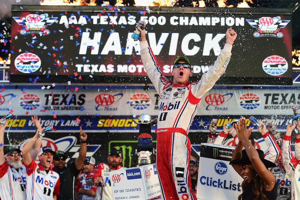 Harvick Wins Texas